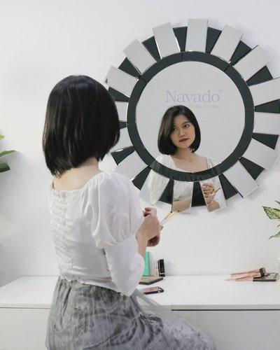Gương treo tường bàn trang điểm Sarah (balck-white)