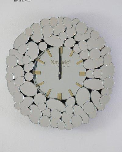 Đồng hồ trang trí nội thất Queen